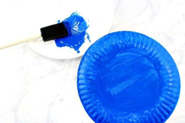 Get your Child to paint a paper plate in one colour. let it dry